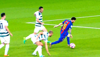 Lionel Messi Skills and Top Goals Videos Download Free in MP4 HD, 3GP